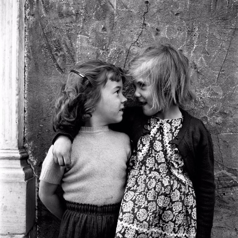 Vivian Maier two girls together
