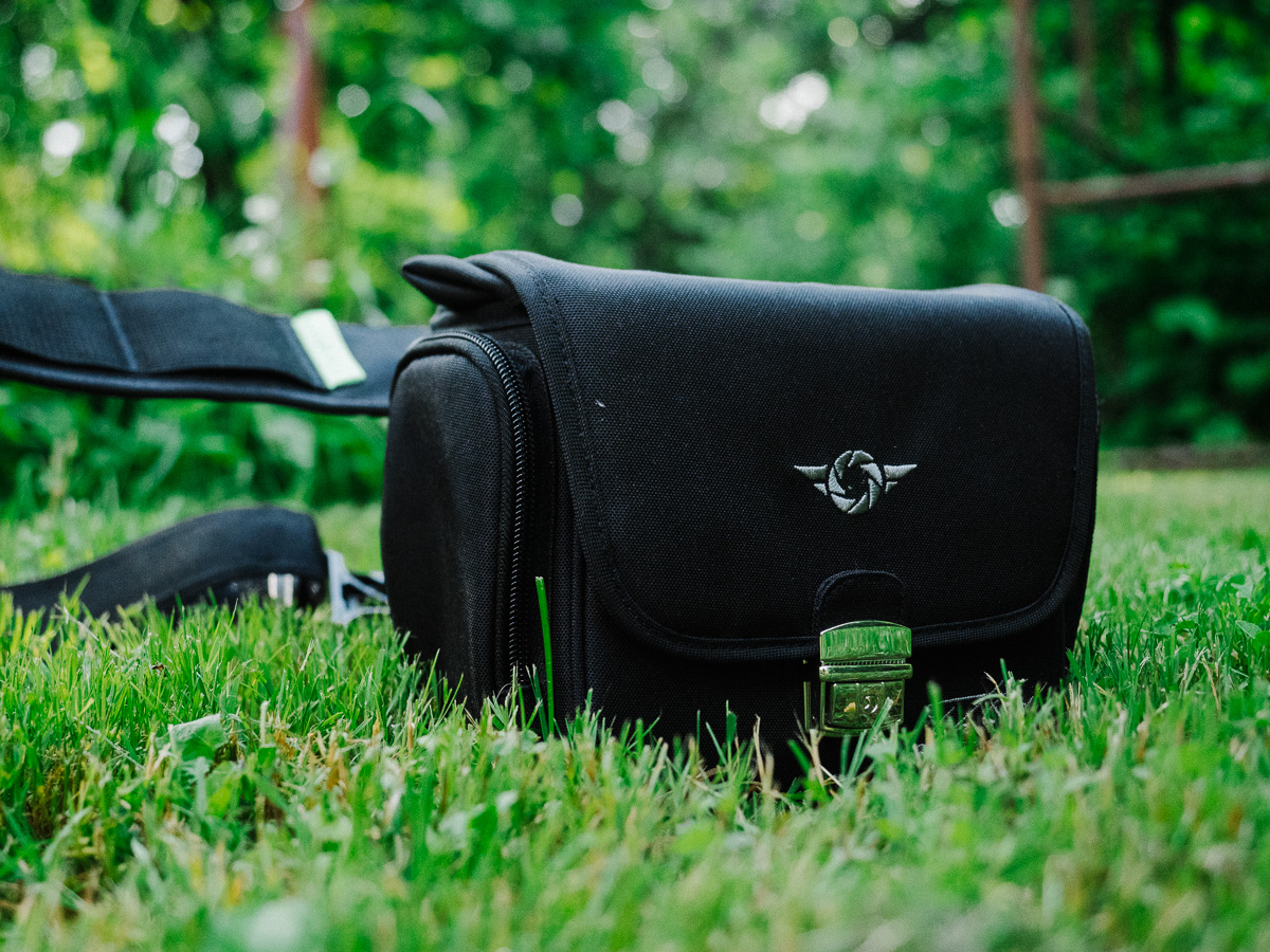 cosyspeed camslinger streetomatic bag outside